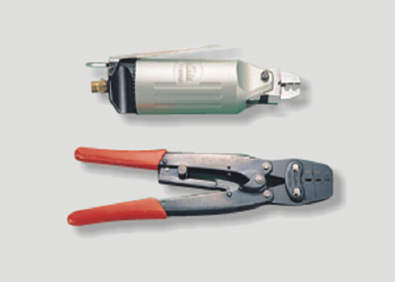 CLOSE-END CONNECTOR CRIMP IN TOOL